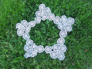 The finished doily sans center fabric.